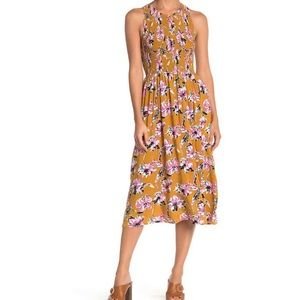 "MELLODAY ""floral Smocked sleeveless Midi dress"""
